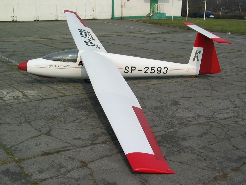 Aeroklub Gliwicki - Pirat_SP-2593